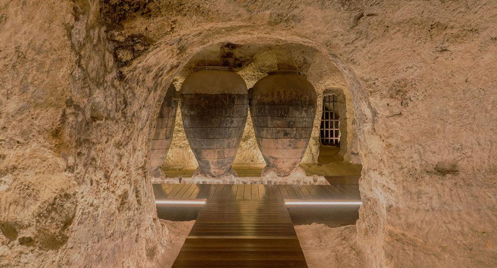 Interior de las Bodegas Murviedro