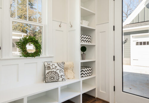 The best ideas for decorating the hallway